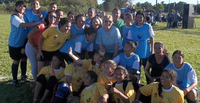 La Intendente de Bella Vista presenció la apertura del Torneo Femenino de Fútbol