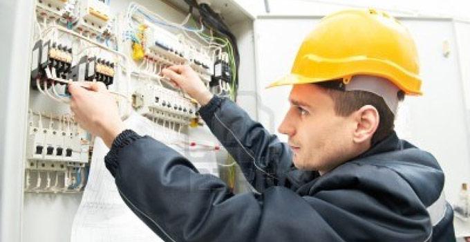 La Oficina de Empleo lleva adelante Curso de capacitación en electricidad