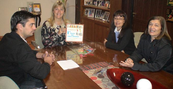 La Intendente Nancy Sand recibió a Directivos de la Escuela Nº 18