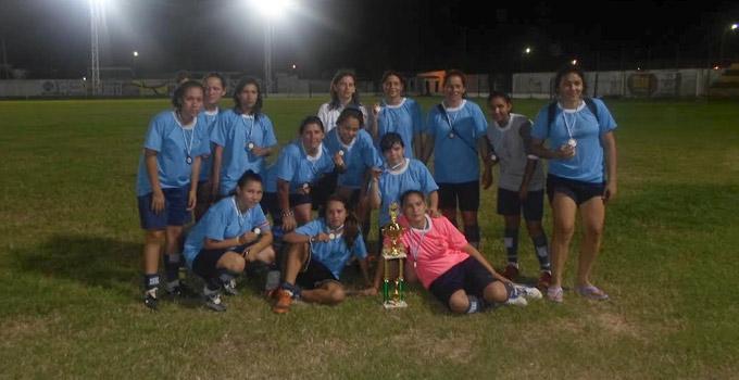 La Escuela Municipal de Fútbol Femenino se lució en Goya