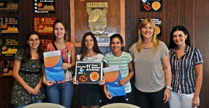 Princesas de la Fiesta Nacional de la Naranja firmaron contrato