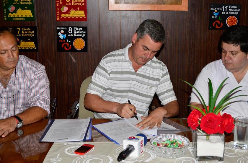 Municipio e Intercomparsa firmaron Convenio de Carnaval