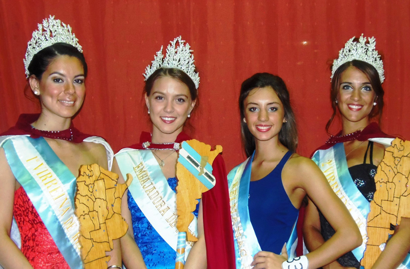 Dahiana 1º en la Fiesta de Reinas de Carlos Pellegrini