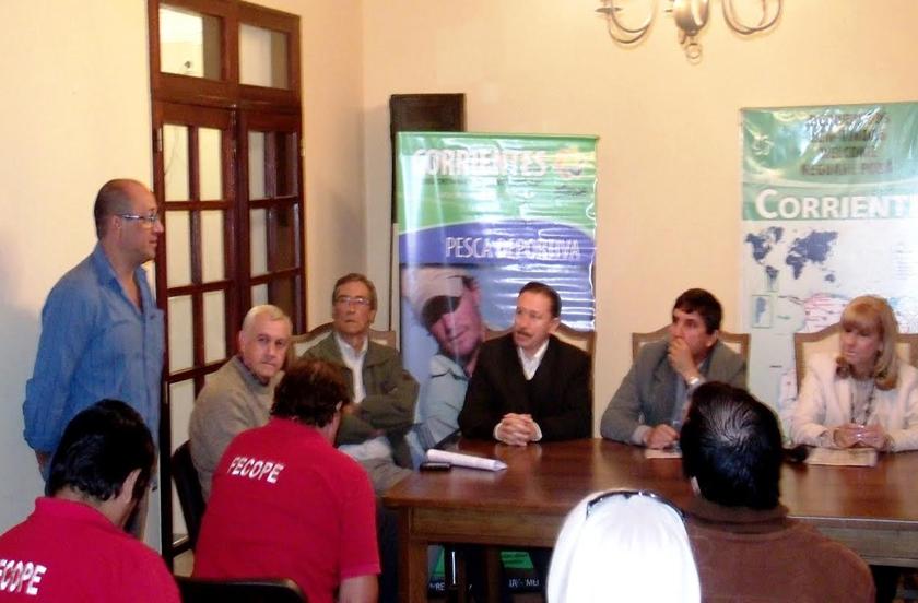 Presentan en Corrientes la Comisión de Pesca Deportiva