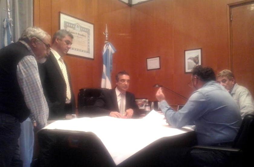 Chavez con gestiones en Buenos Aires