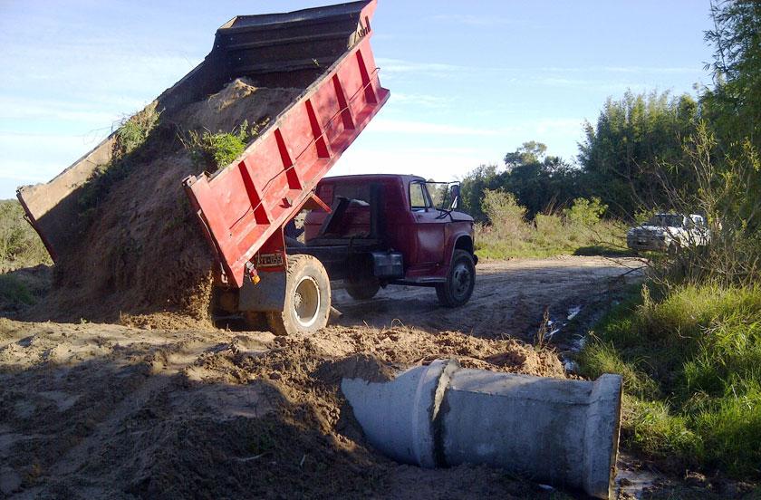Ejecutan obras de alcantarillado en Colonia Progreso