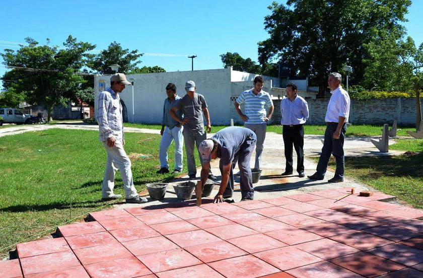 El intendente Chavez y su equipo recorrió obras públicas