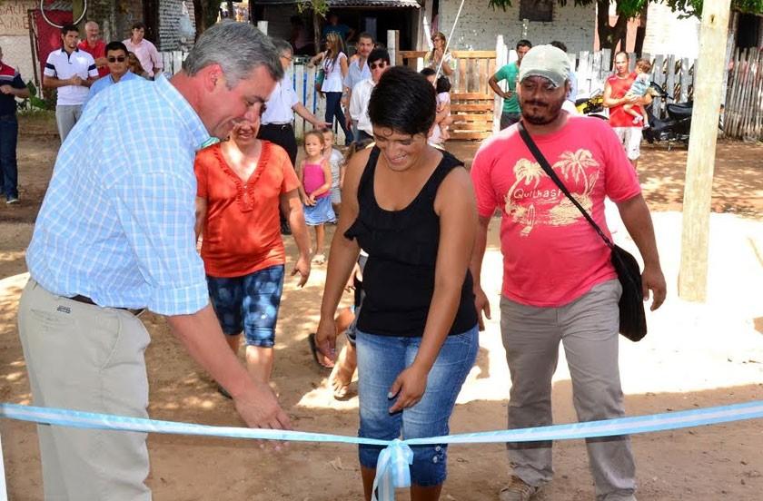 Chavez inauguró viviendas en Barrio Norte