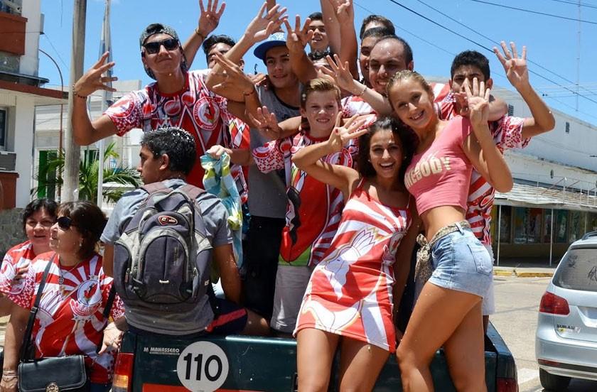 Carla Billordo reina del carnaval bellavistense