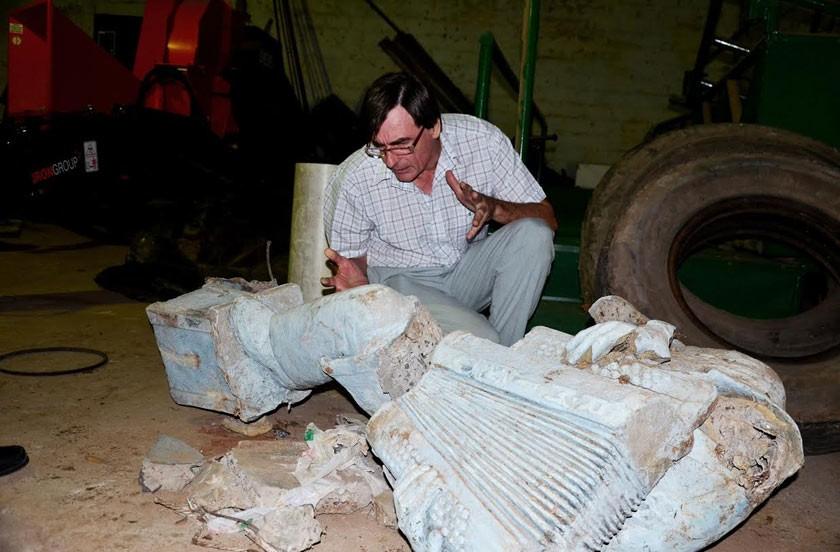 MacDonald restaurará el monumento a Ruven Miño
