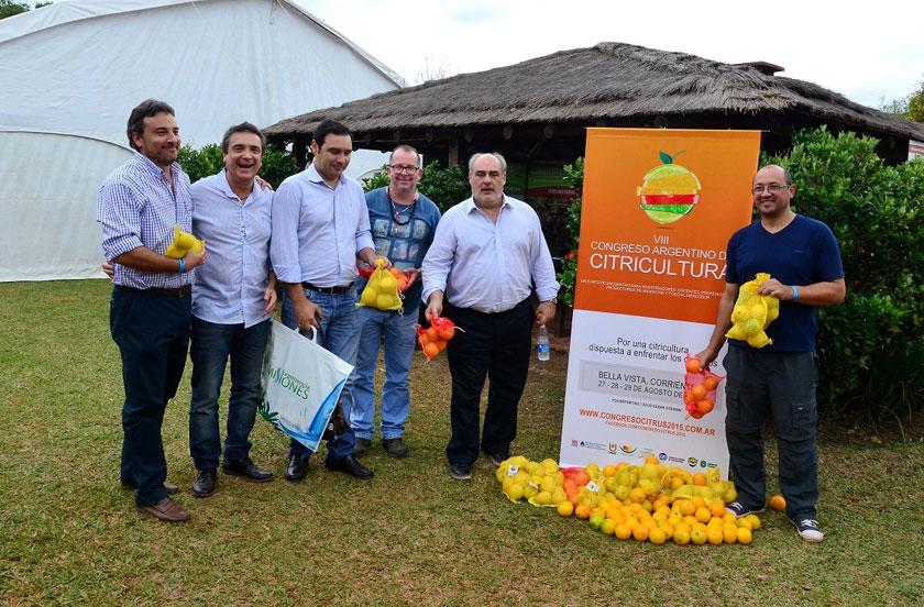 5º Feria de Aves en Carlos Pellegrini