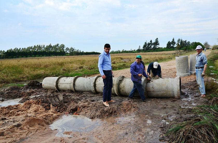 Apoyo municipal a productores de Lomas Este