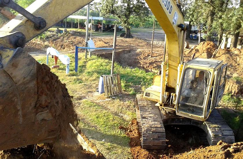 Continúan las obras de canalización en zonas rurales