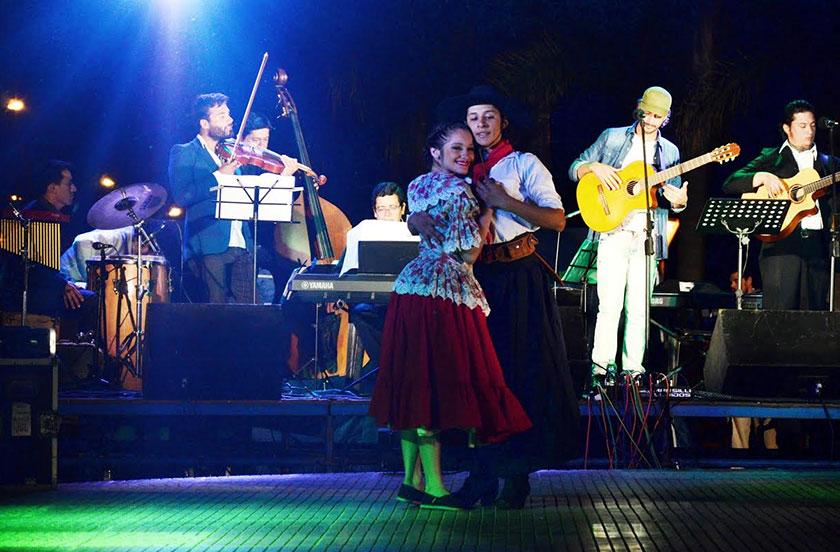 Música y emoción en el recuerdo a los chamameceros desaparecidos
