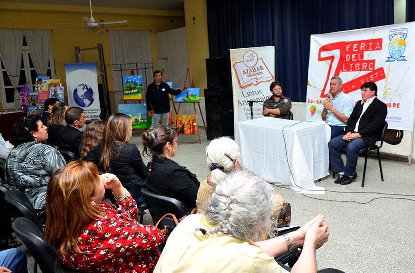 Chavez inauguró la 7º Feria del Libro de Bella Vista