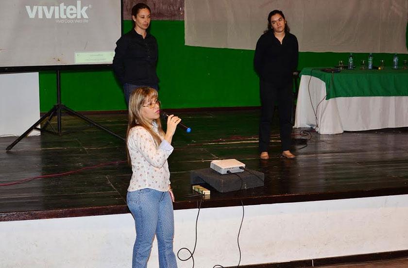 El municipio lanzó un nuevo Curso de Lengua de Señas