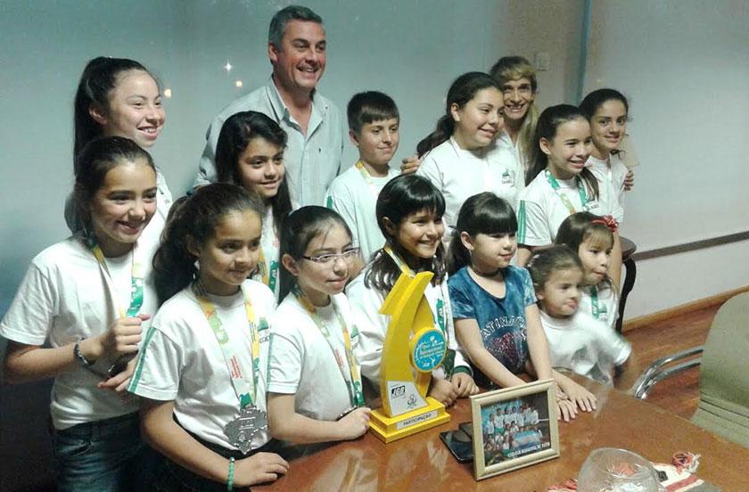 Chavez recibió a la Escuela de Patín que viajó a Brasil