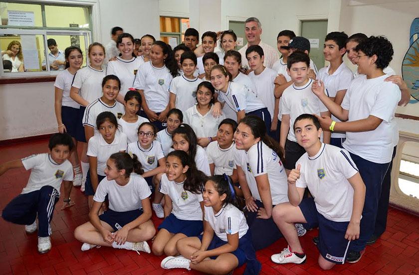 Chavez recibió a una delegación del Colegio Itatí