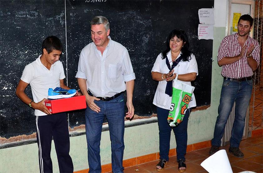 Chavez visitó la Escuela Nº 665