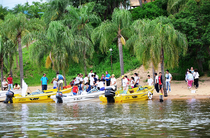Escuela Cabecera realizó una novedosa excursión náutica