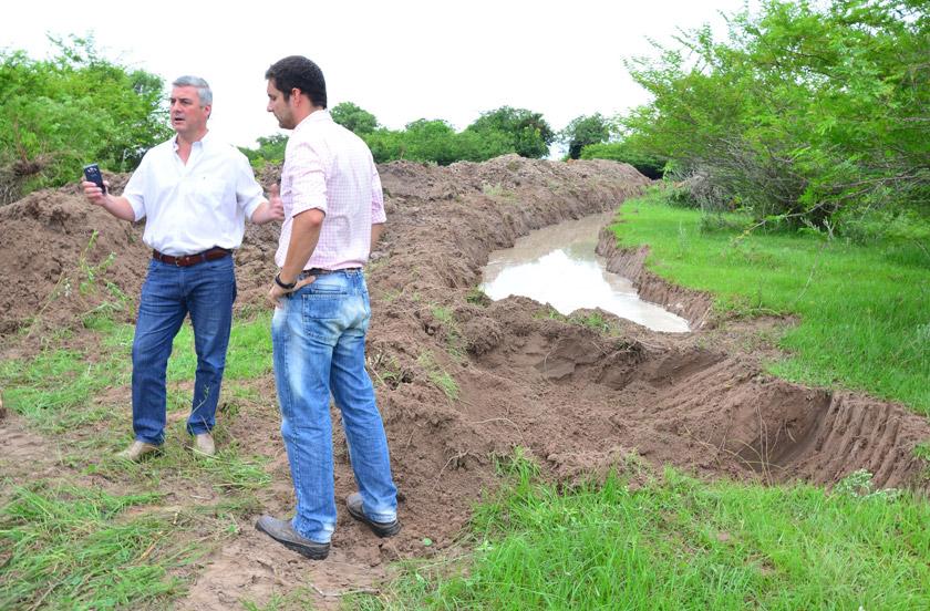 El municipio continúa con obras de desagüe en zona rural