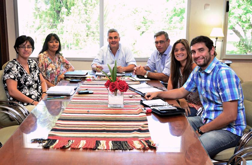 Chavez retomó funciones en diálogo con su gabinete