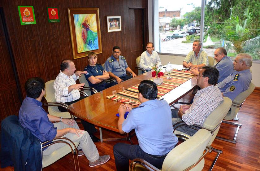 Chavez coordina acciones para enfrentar la crisis
