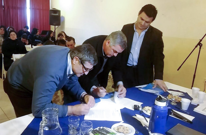Bella Vista firmó convenio de Monotributo Social