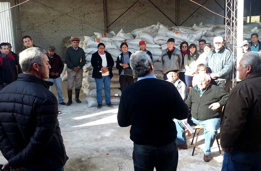 Provincia y Municipio asisten a pequeños productores ganaderos