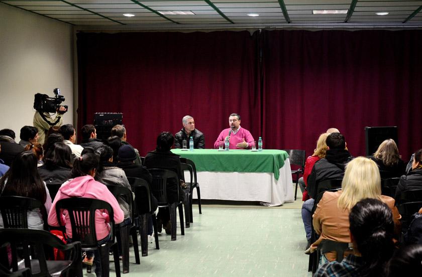 Presentaron en Bella Vista el programa Peteíha Trabajo
