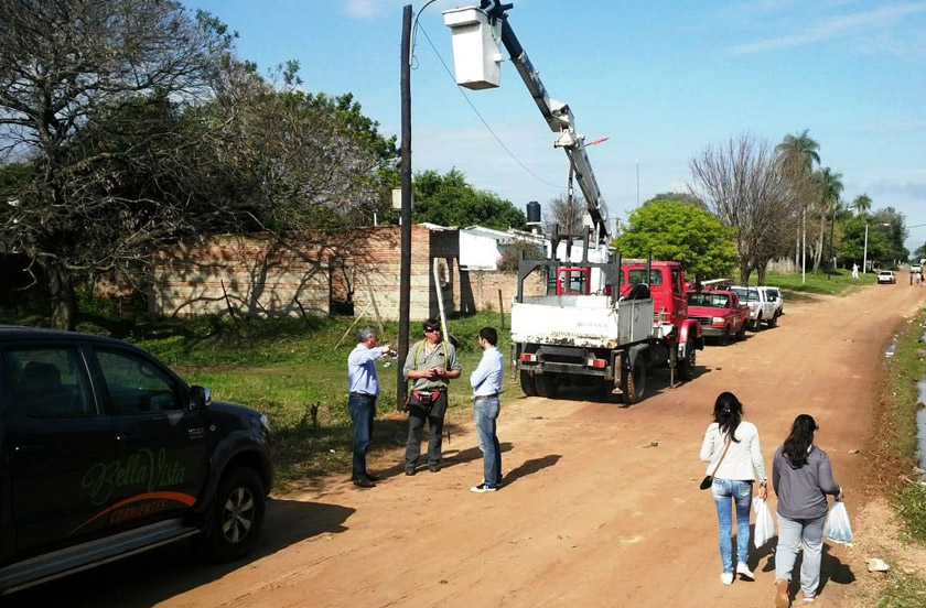 Más iluminación pública en los barrios Santa Lucía y San Juan
