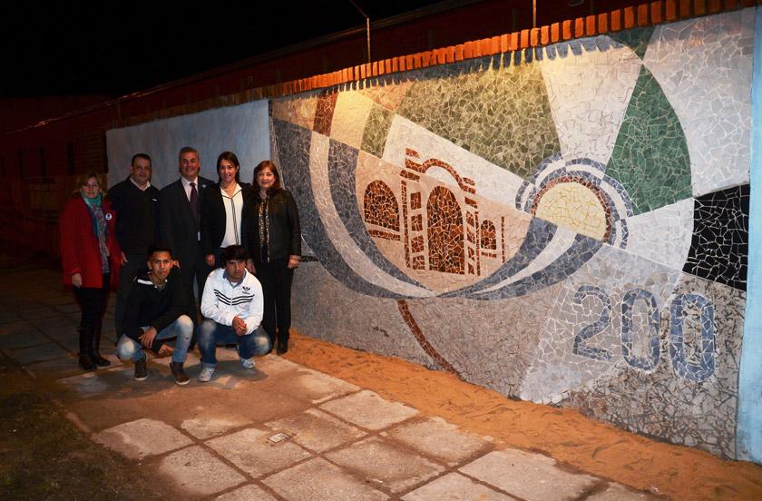 Inauguran Mural del Bicentenario