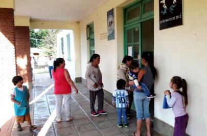 Operativo municipal en Escuela Nº 412