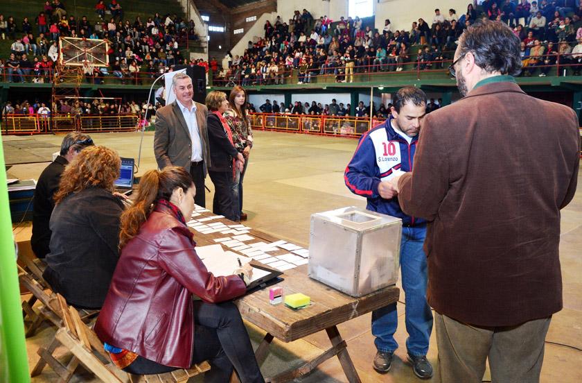 Sortearon 100 Viviendas de INVICO en Bella Vista
