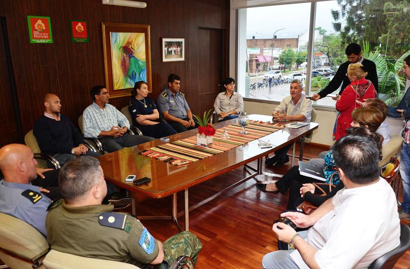 Chavez se reunió con los nuevos comisarios departamentales
