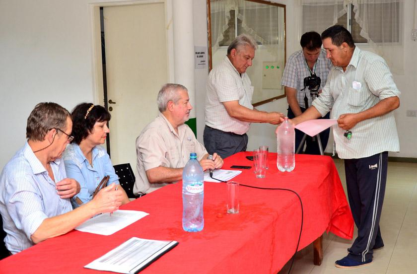 El gobierno provincial entregó subsidios a la citricultura