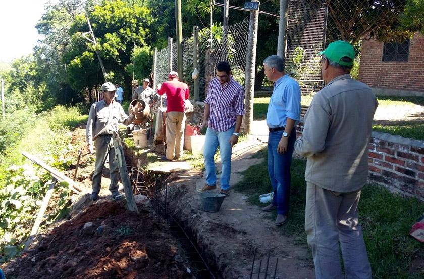 Chavez recorrió obras de la zona costera