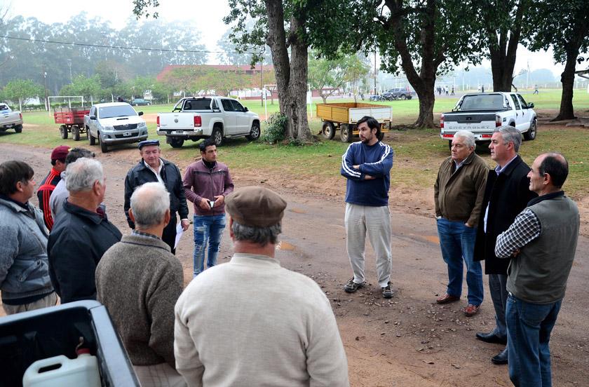 Entregan insumos a productores ganaderos