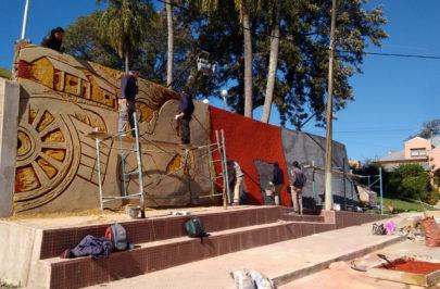 Restauran el mural alegórico de Punta Cuevas