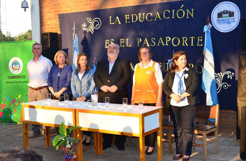 Colombi inauguró obras escolares en Lomas Este
