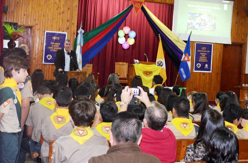 El municipio afirma su relación con entidades intermedias