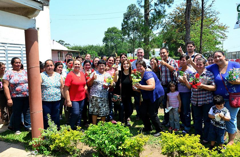 Madres de festejo en Paraje Isla Alta