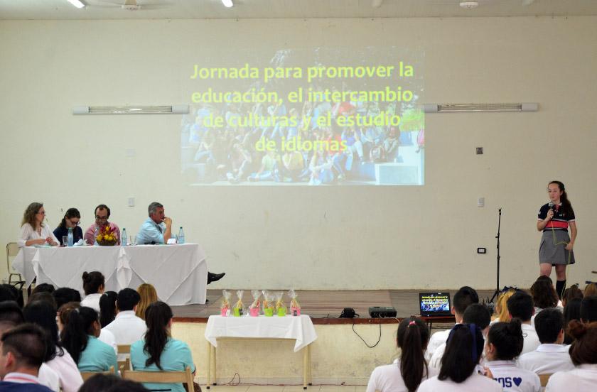Jornada de promoción educativa, cultural y de idiomas