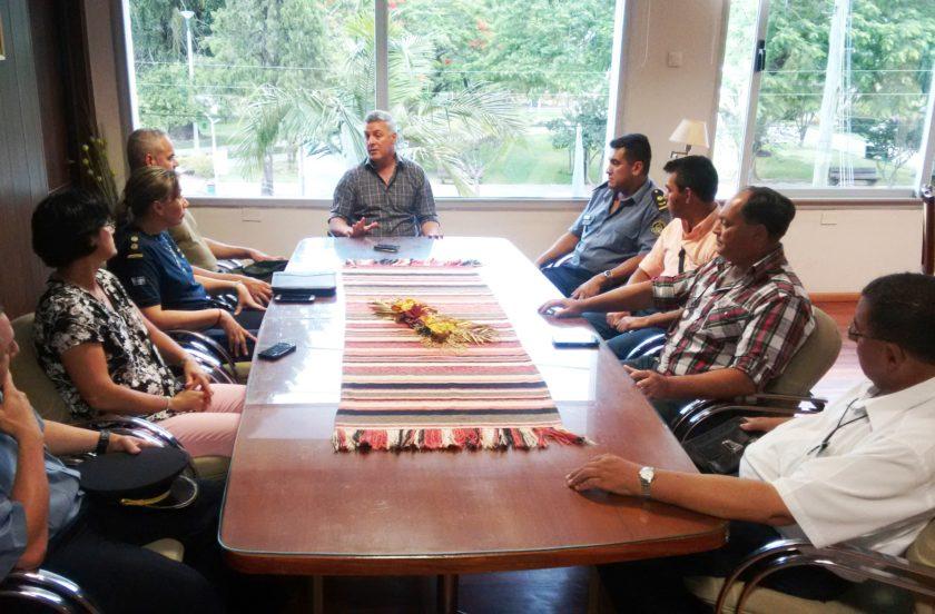 Chavez ajusta medidas de seguridad para el verano