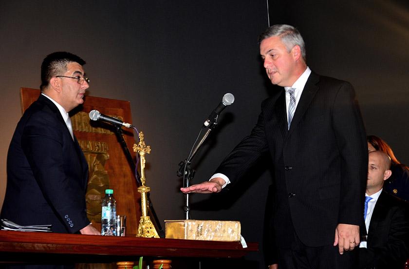 Chavez asumió su segundo mandato