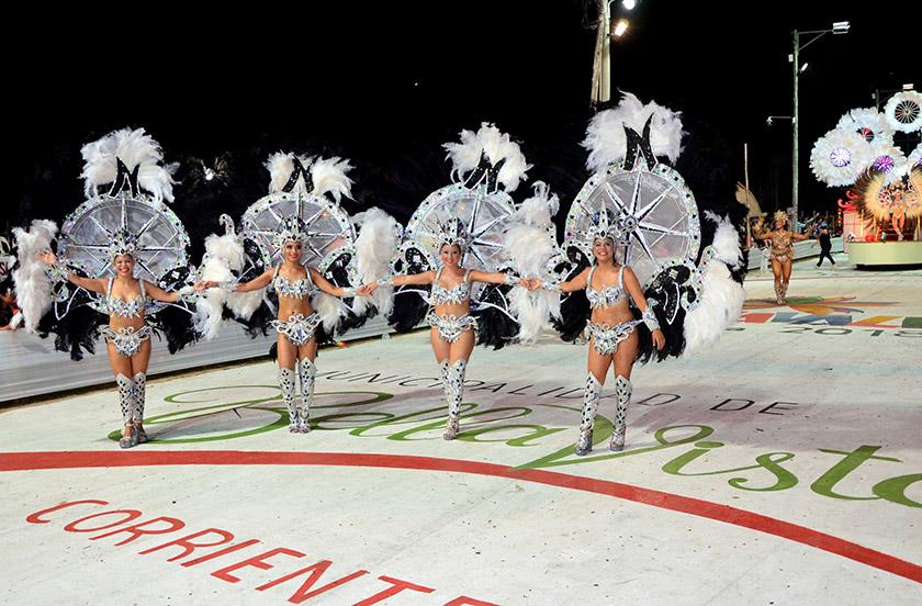 Buen debut de los carnavales de Bella Vista