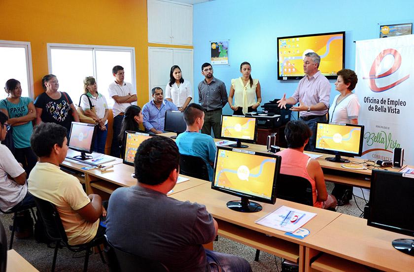Lanzan curso de Operador de PC para personas especiales