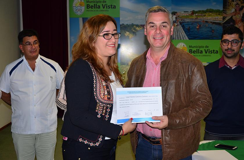 Entregan certificados a nuevos Cuidadores Domiciliarios