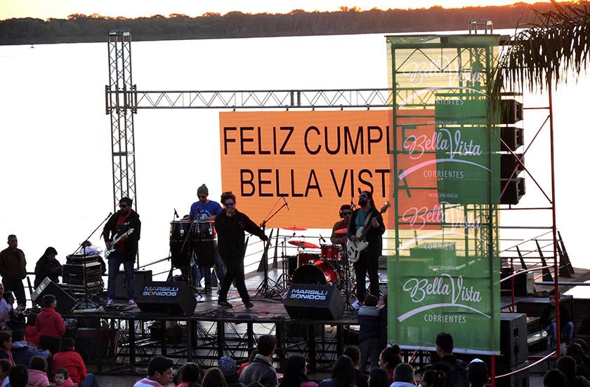 Bella Vista festejó sus 193 años a orillas del río