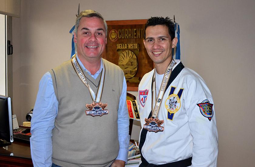Bellavistense con Medalla de Bronce en Arkansas